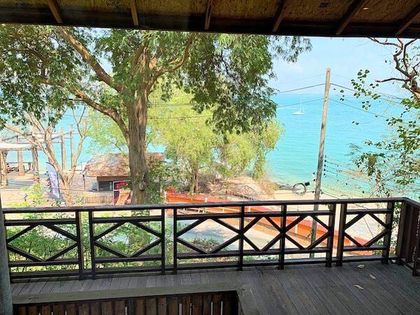 バー アンド ベッド リゾート(Bar and Bed Resort)の客室から見える景色