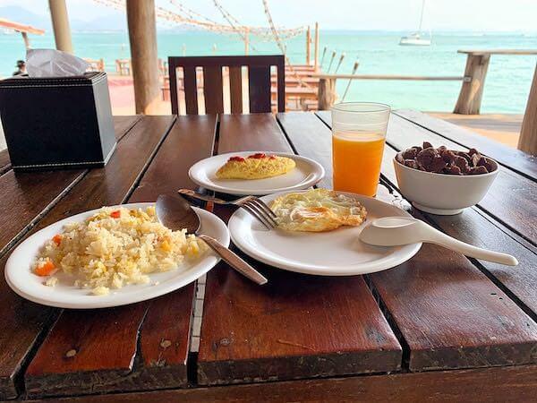 バー アンド ベッド リゾート(Bar and Bed Resort)の朝食