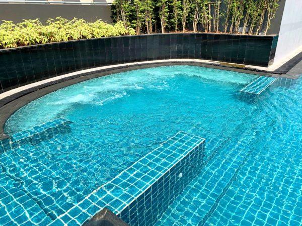 ホテル ニッコー バンコク(Hotel Nikko Bangkok)のプールジャグジー