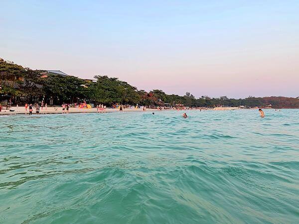 サイケオビーチの海