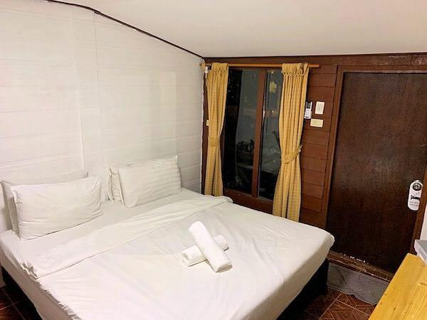 トンサックリゾート(Tonsak Resort)の客室1