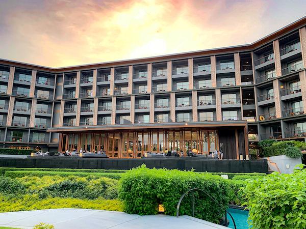 中庭から見たホアヒン マリオット リゾート アンド スパ(Hua Hin Marriott Resort and Spa)