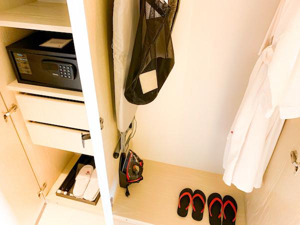 ホアヒン マリオット リゾート アンド スパ(Hua Hin Marriott Resort and Spa)のクローゼット