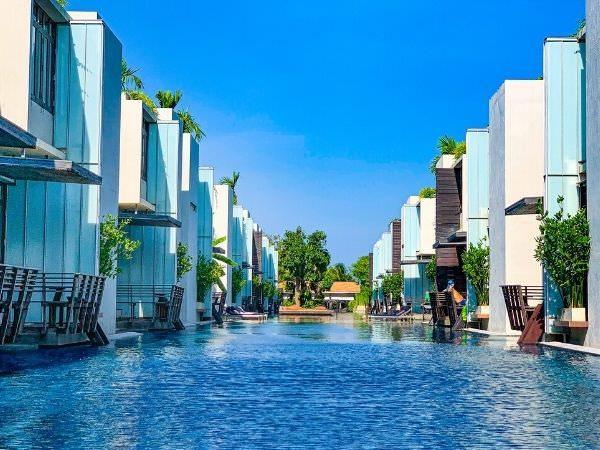 レッツシーホアヒン アルフレスコ リゾート(Let's Sea Hua Hin Al Fresco Resort)のプール1