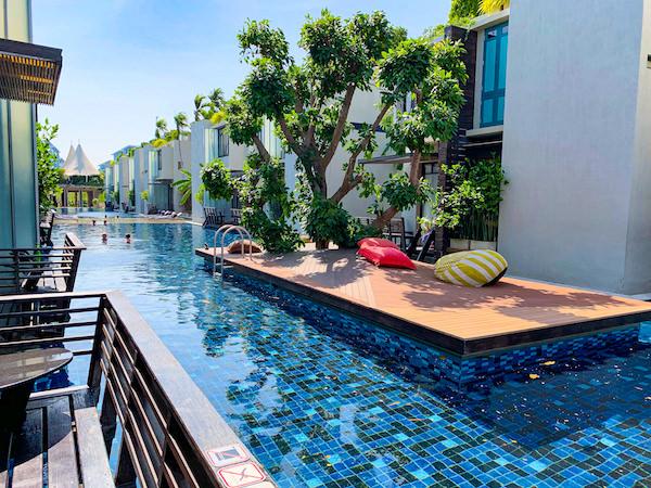 レッツ シー フアヒン アルフレスコ リゾート(Let's Sea Hua Hin Al Fresco Resort)のプール4