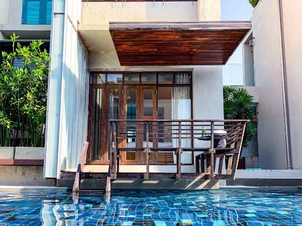 レッツシーホアヒン アルフレスコ リゾート(Let's Sea Hua Hin Al Fresco Resort)のプールから見える客室棟2