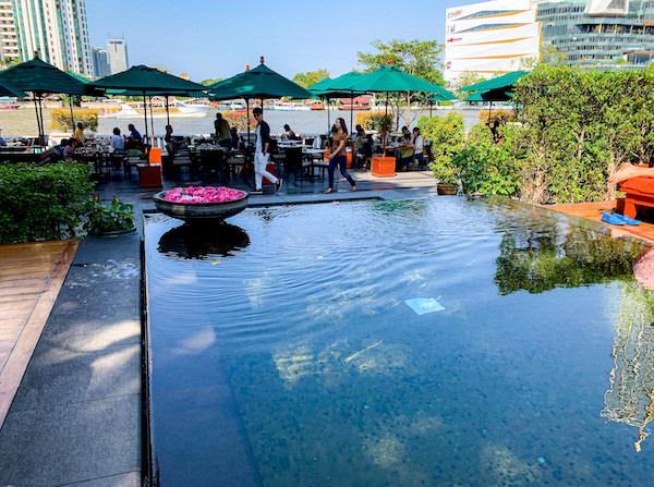 マンダリン オリエンタル バンコク(Mandarin Oriental Bangkok)のインフィニティプール3