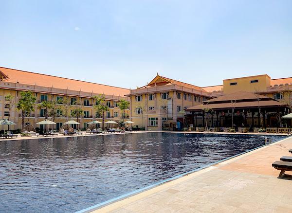ソカ シェムリアップ リゾート アンド コンベンション センター (Sokha Siem Reap Resort and Convention Center)のプール2