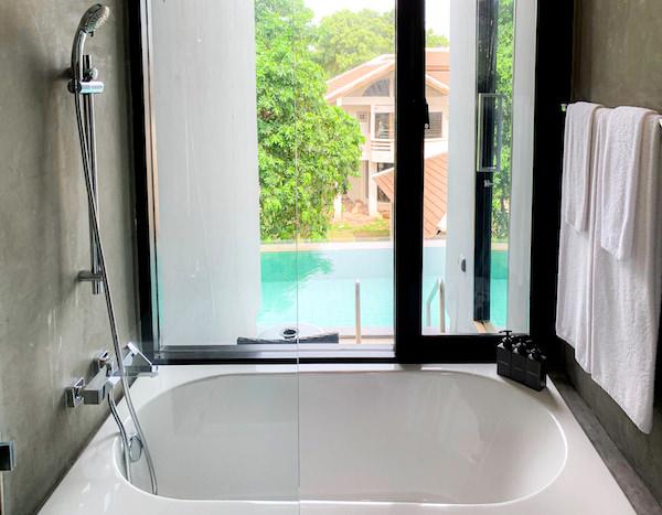 カルム バーンセーン ホテル(Kalm Bangsaen Hotel)のバスルーム1