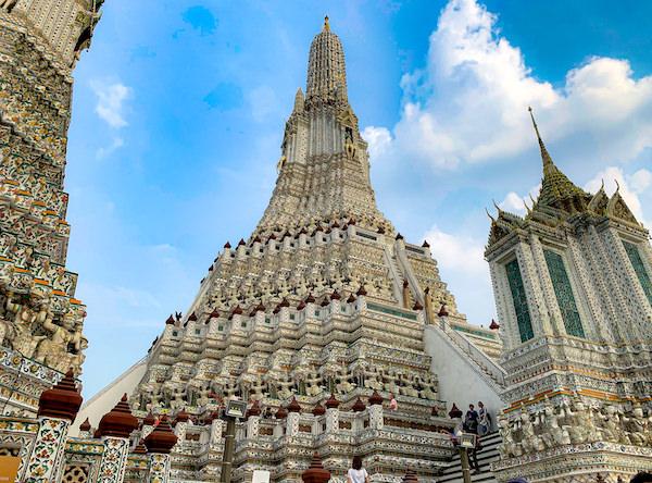ワットアルンの大仏塔1