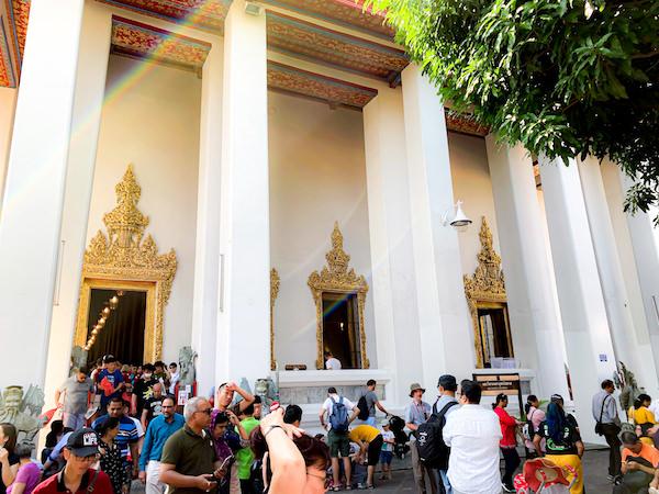 ワットポーの涅槃仏が安置されているお堂