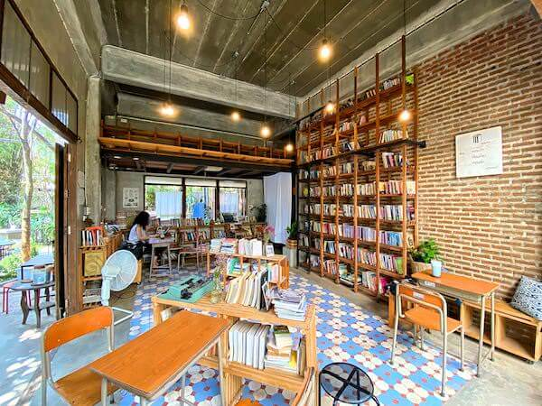 バーンカーンワット(Baan Khang Wat)のカフェ