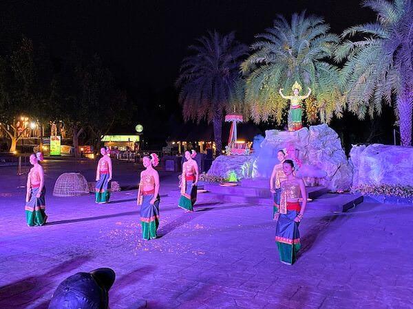 チェンマイナイトサファリ(ChiangMai Night Safari)のタイダンスショー