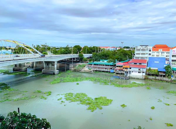 クルンシリ リバー ホテル(Krungsri River Hotel)の客室から見えるリバービューの景色2