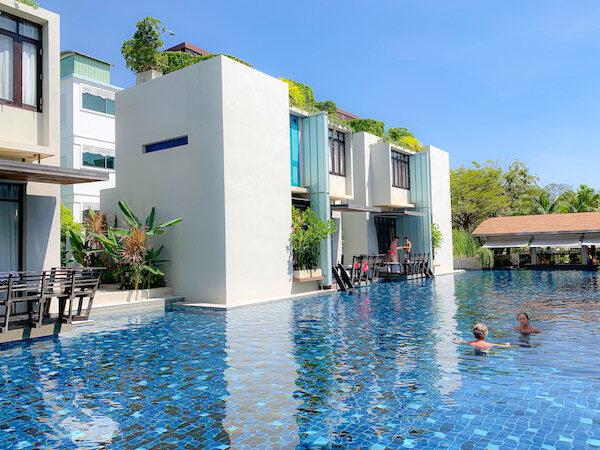 レッツ シー フアヒン アルフレスコ リゾート(Let's Sea Hua Hin Al Fresco Resort)のプール2