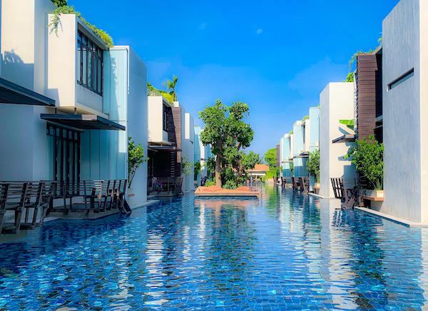 レッツシーホアヒン アルフレスコ リゾート(Let's Sea Hua Hin Al Fresco Resort)のプール2
