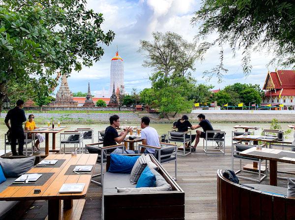 サラ アユタヤ(sala ayutthaya)のリバービューレストラン1
