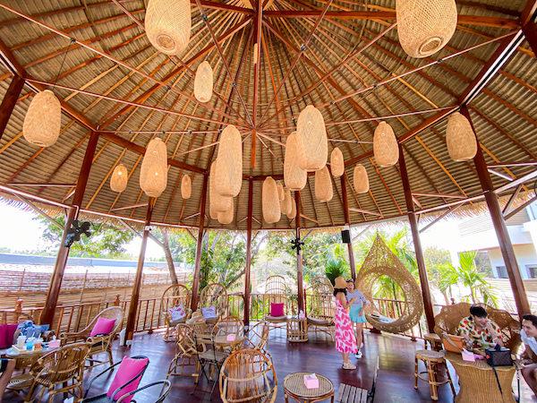 トップ・シークレット・ビーチ・カフェ(Top Seacret Beach Cafe)2