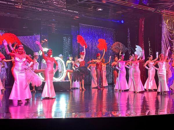 アジアティーク ザ リバーフロントのカリプソキャバレーニューハーフショー