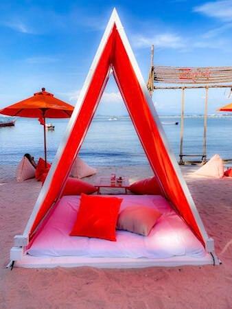 ゼットビーチ(Z beach)のテント席