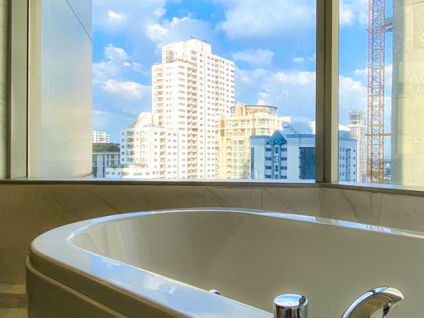 バンコク マリオットホテル スクンビット(Bangkok Marriott Hotel Sukhumvit)客室のバスタブ