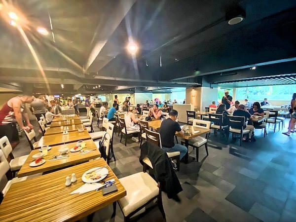 フラマ シーロム バンコク(Furama Silom Hotel Bangkok)の朝食会場2