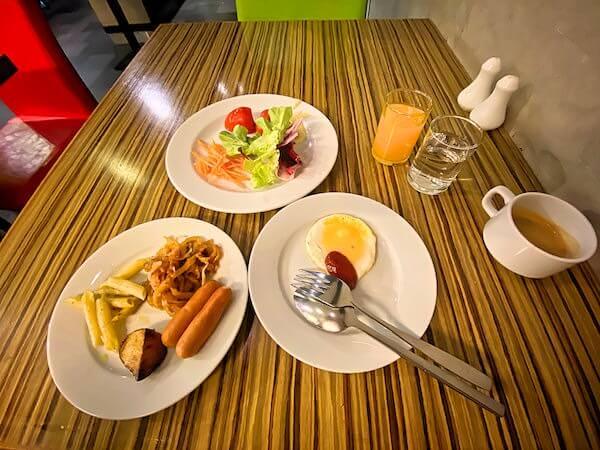 フラマ シーロム バンコク(Furama Silom Hotel Bangkok)の朝食