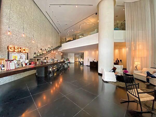 プルマン バンコク ホテル G(Pullman Bangkok Hotel G)のレセプションロビー