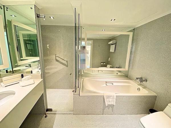 プルマン バンコク ホテル G(Pullman Bangkok Hotel G)のバスルーム1