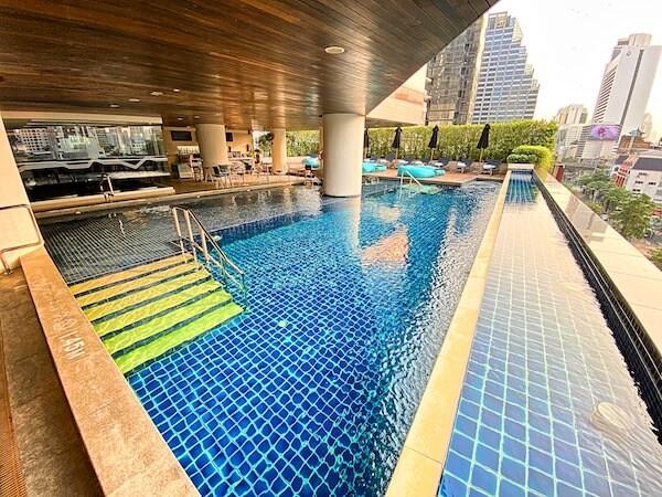 プルマン バンコク ホテル G(Pullman Bangkok Hotel G)のプール1