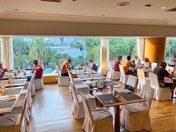 プルマン バンコク ホテル G(Pullman Bangkok Hotel G)の朝食会場