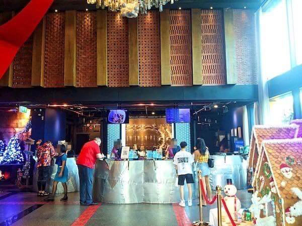 サイアム アット サイアム デザイン ホテル パタヤ(Siam @ Siam Design Hotel Pattaya)のレセプションロビー1