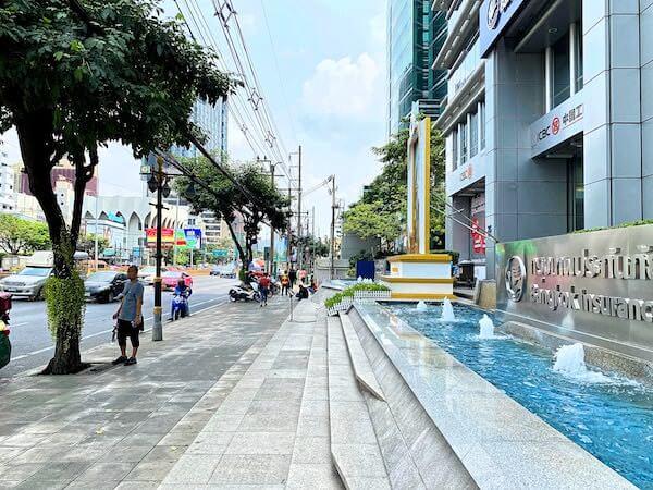 ザ スコータイ バンコク(The Sukhothai Bangkok)の周辺道路
