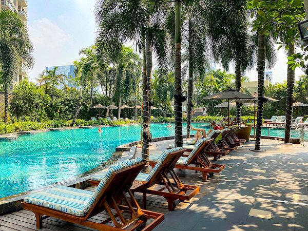 コンラッド バンコク(Conrad Bangkok)のプール1