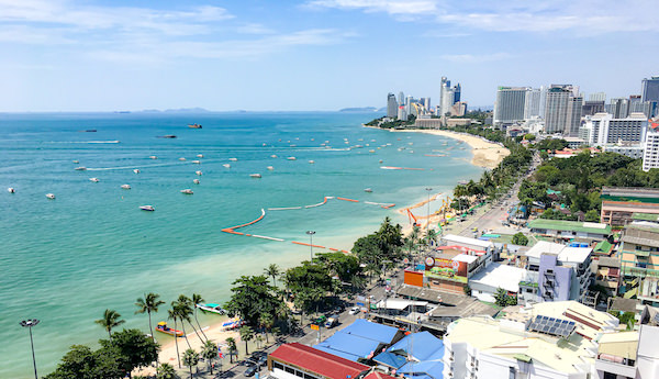 ヒルトン パタヤ (Hilton Pattaya)のエグゼクティブラウンジから見えるパタヤビーチ