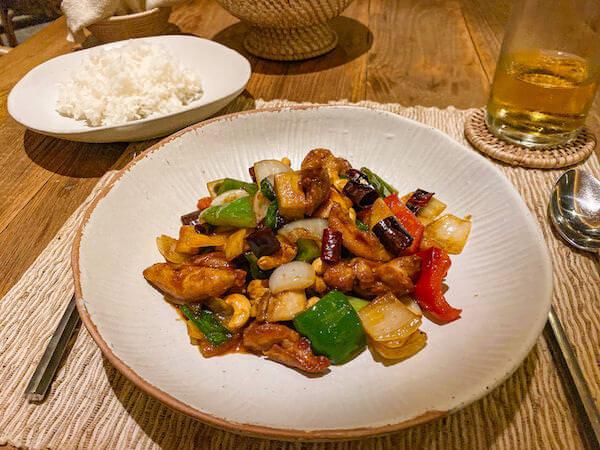 ラヤヘリテージ チェンマイ(Raya Heritage Chiangmai)のレストランで食べた食事