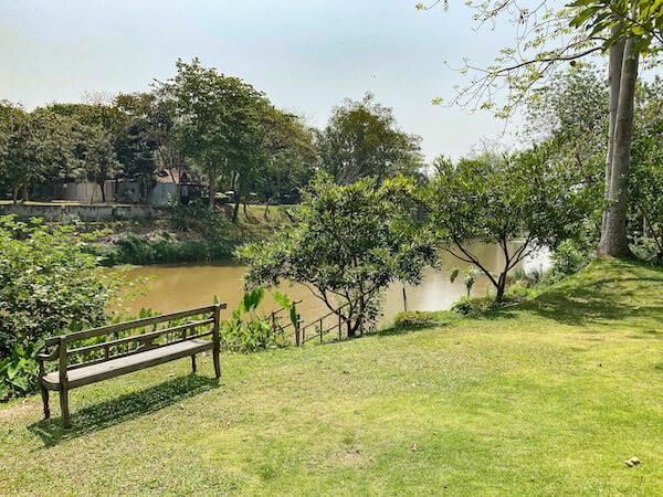 ラヤヘリテージ チェンマイ(Raya Heritage Chiangmai)の中庭1