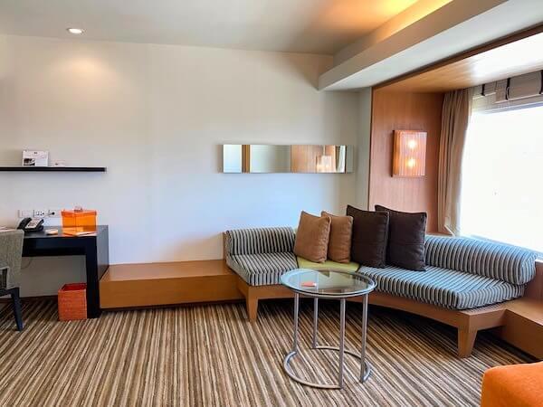 デュシット D2 ホテル(Dusit D2 Chiang Mai Hotel)の客室1