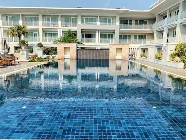 カンタリー ヒルズ ホテル(Kantary Hills Hotel)のプール