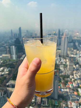 マハナコンタワーの展望台で飲んだドリンク