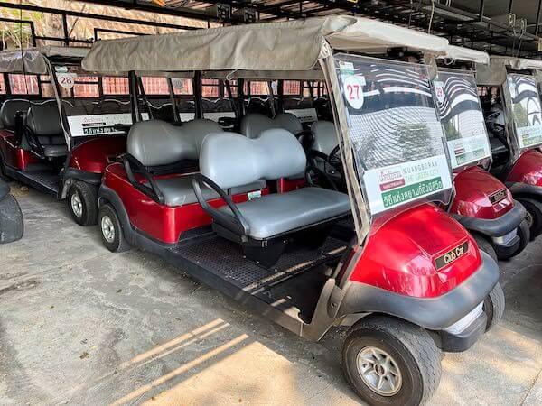 ムアンボーランのレンタルゴルフカート