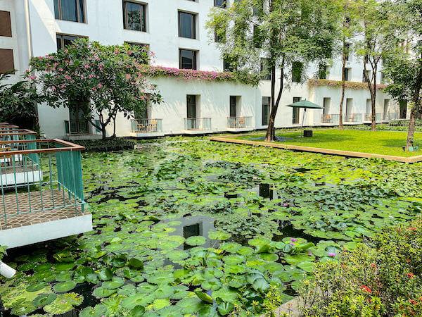 ザ スコータイ バンコク(The Sukhothai Bangkok)の蓮池4