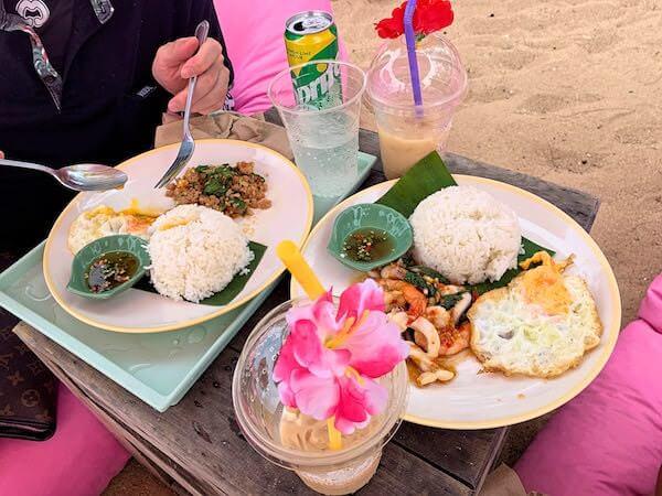 チュチュビーチ(Tutu Beach)で食べたガパオライス
