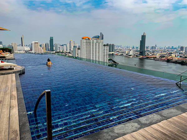アヴァニ リバーサイド バンコク ホテル(Avani Riverside Bangkok Hotel)のプール3