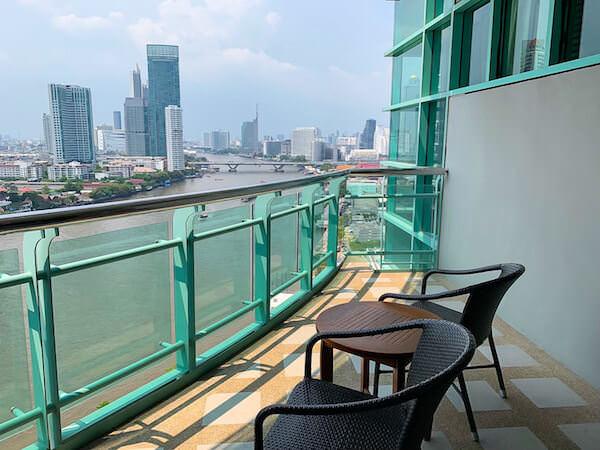 チャトリウム ホテル リバーサイド バンコク(Chatrium Hotel Riverside Bangkok)の客室バルコニー