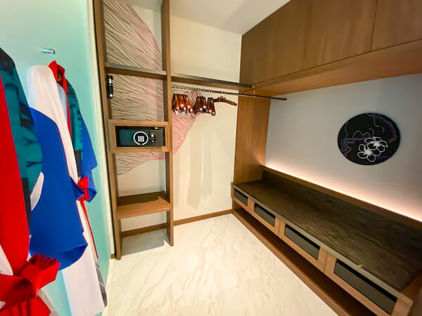 キンプトン マーライ バンコク(Kimpton Maa-Lai Bangkok)のエグゼクティブスイート(Executive Suite)のバスルーム2
