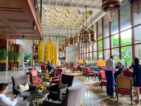 マンダリン オリエンタル バンコク(Mandarin Oriental Bangkok)のエントランスロビー