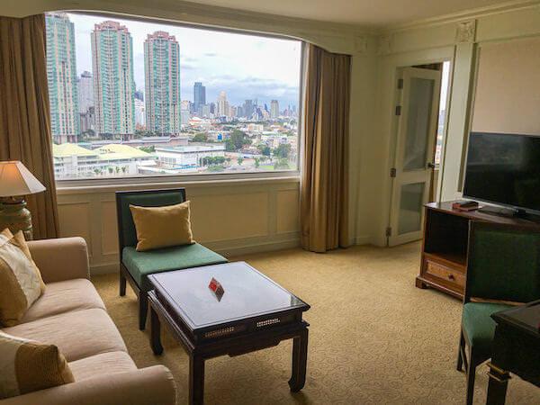 ラマダ プラザ バンコク メナム リバーサイド(Ramada Plaza Bangkok Menam Riverside)の客室1