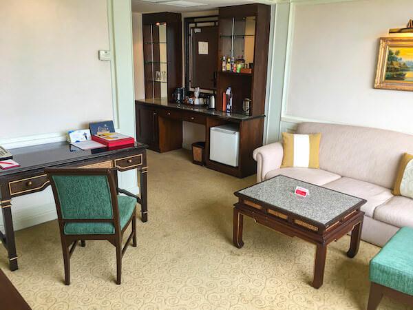 ラマダ プラザ バンコク メナム リバーサイド(Ramada Plaza Bangkok Menam Riverside)の客室2