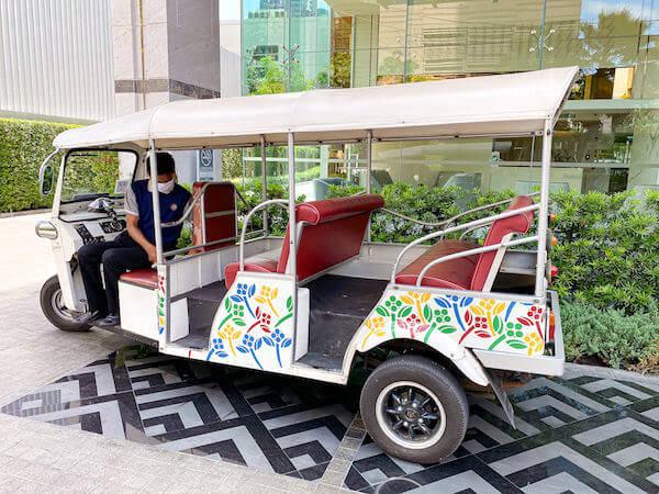 ジャスミン 59 ホテル(Jasmine 59 Hotel)の送迎トゥクトゥク